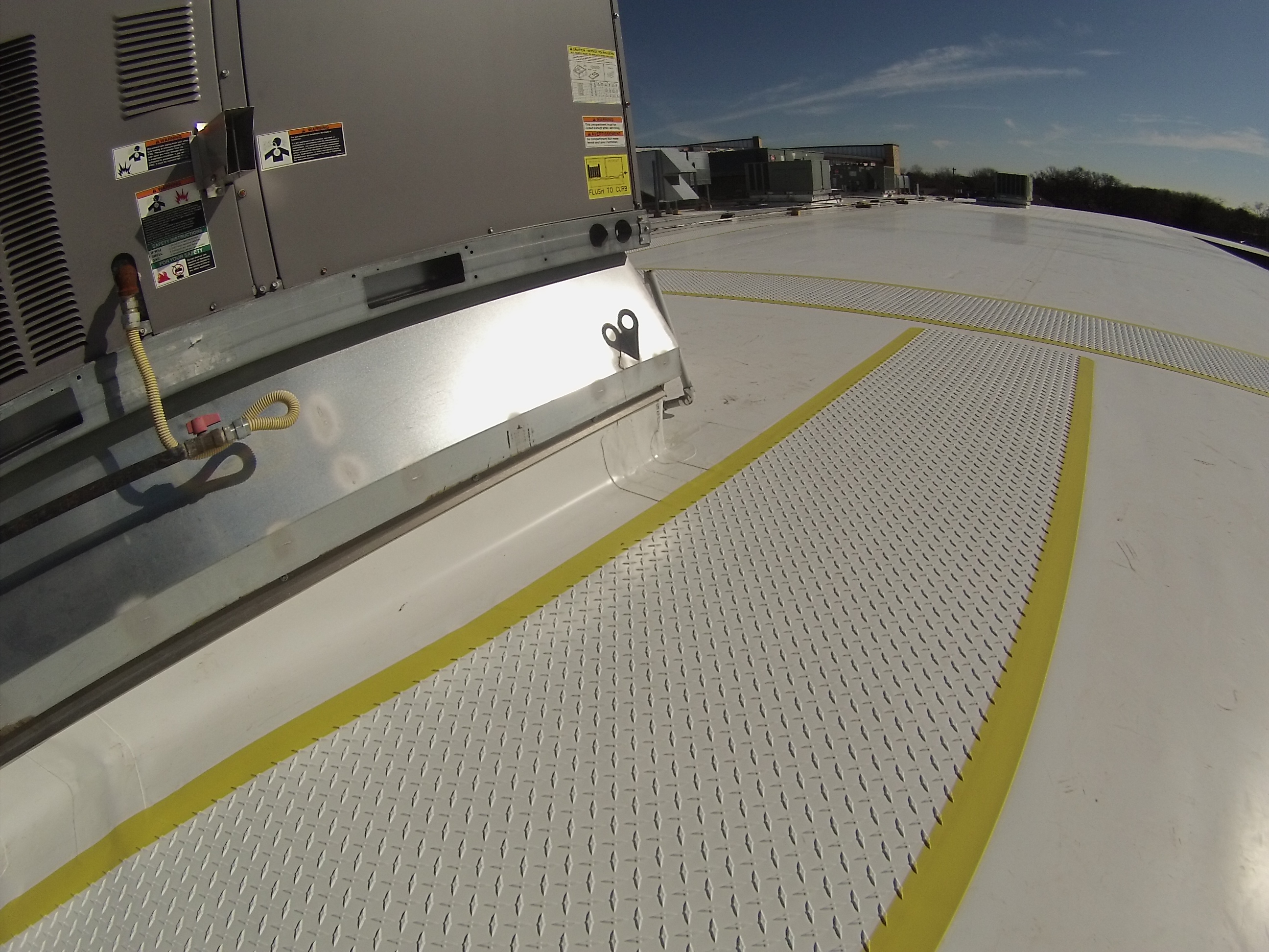 Lifetime Commercial TPO Roof With Walk Pads